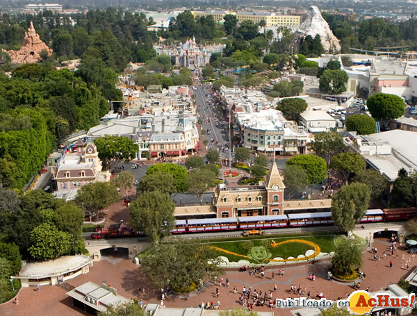 Foto de la noticia /public/fotos2/Disney-California-08012010.jpg