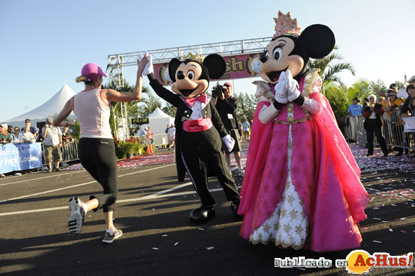 Foto de la noticia /public/fotos2/Mickey-y-Minnie-Mouse-2009.jpg