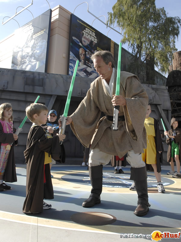 Foto de la noticia /public/fotos2/Star-Wars-Weekends-05-29042009.jpg